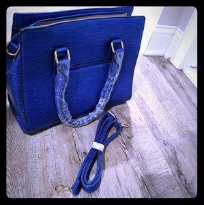 Handbags - A Beautiful Handbag